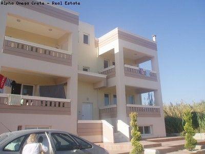 2 bed 2 bath apt for Sale in Kato Gerani Crete WALK TO THE BEACH