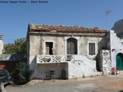 Stone Ruin for sale in Kokkino Chorio Crete Potential for charming 2 bed traditional Cottage