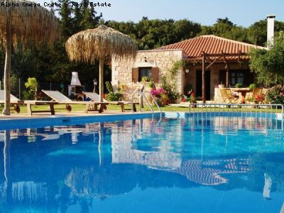 3 bed luxury villa with pool for sale in Vrisses Crete